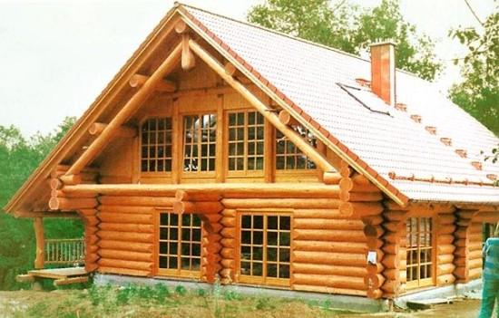 Домов из бревна, бруса