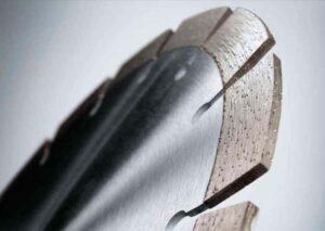 Преимущества алмазных дисков по бетону